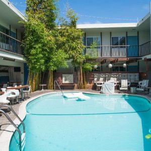 pool--v2804944-w902